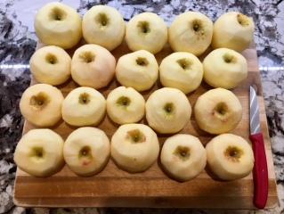 Aepfel-geschaelt_applesauce